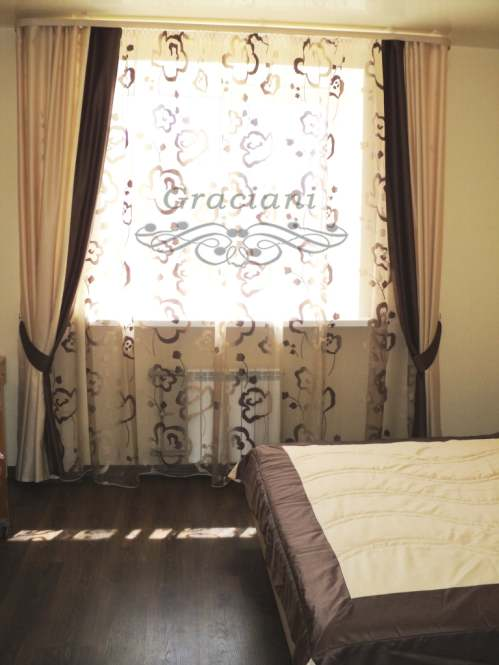 Дизайн штор для спальни в современном стиле фото